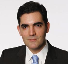Houman Shadab headshot